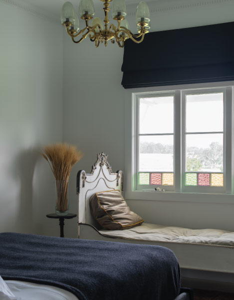 highclere_bedroom_light